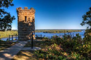 Monument Julien Dubuque, au bord du Mississippi, Dubuque (Iowa)